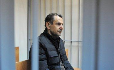"""Напавший на журналистку """"Эха Москвы"""" Борис Гриц в зале Пресненского суда"""