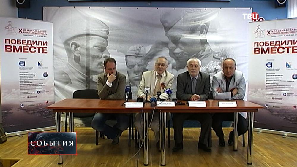 """Фестиваль """"Победили вместе"""" стартовал в Севастополе"""