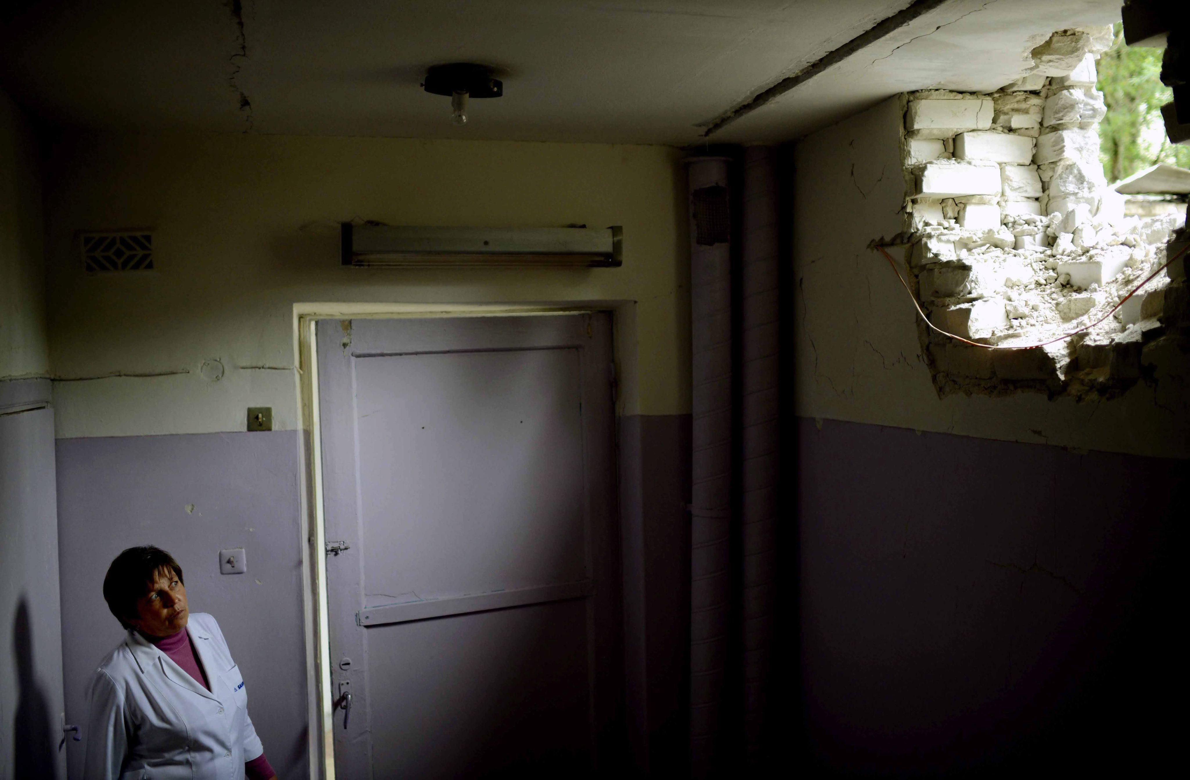 Детская больница в Славянске попала под артиллерийский обстрел