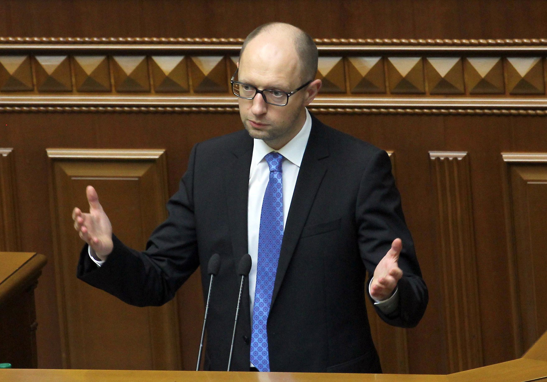 Арсений Яценюк во время заседания Верховной Рады Украины