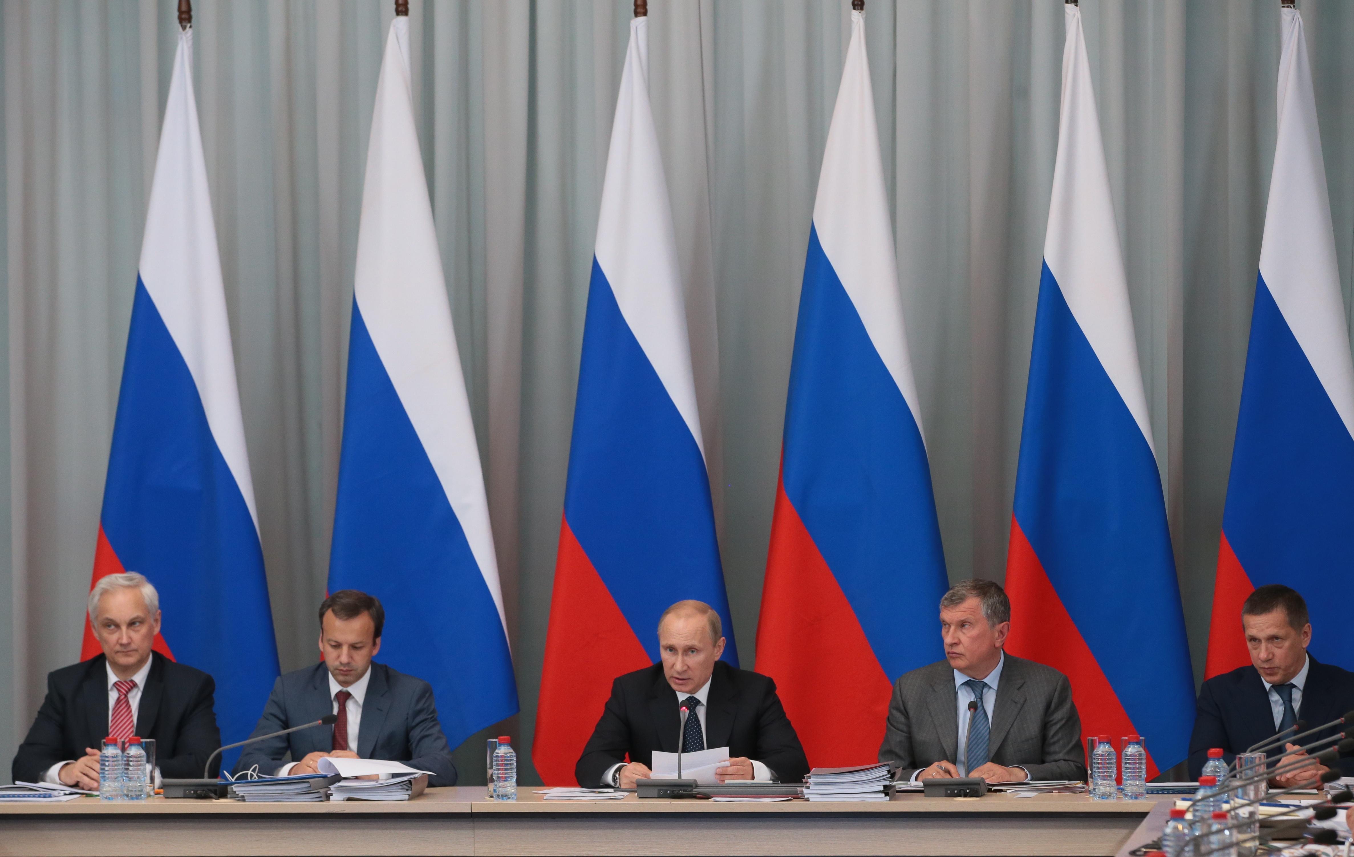 """Заседание по вопросам стратегии развития """"Топливно-энергетического комплекса"""""""