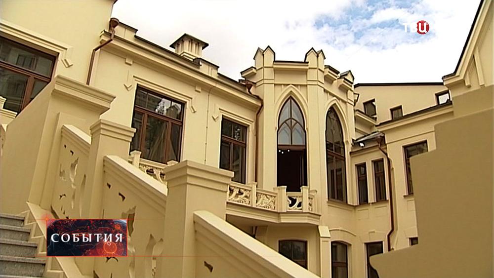 Здание Центрального дома творчества