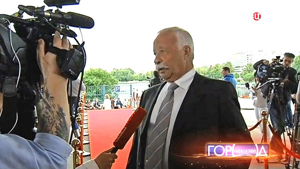 Телеведущий Леонид Якубович на церемонии вручения национальной телевизионной премии ТЭФИ