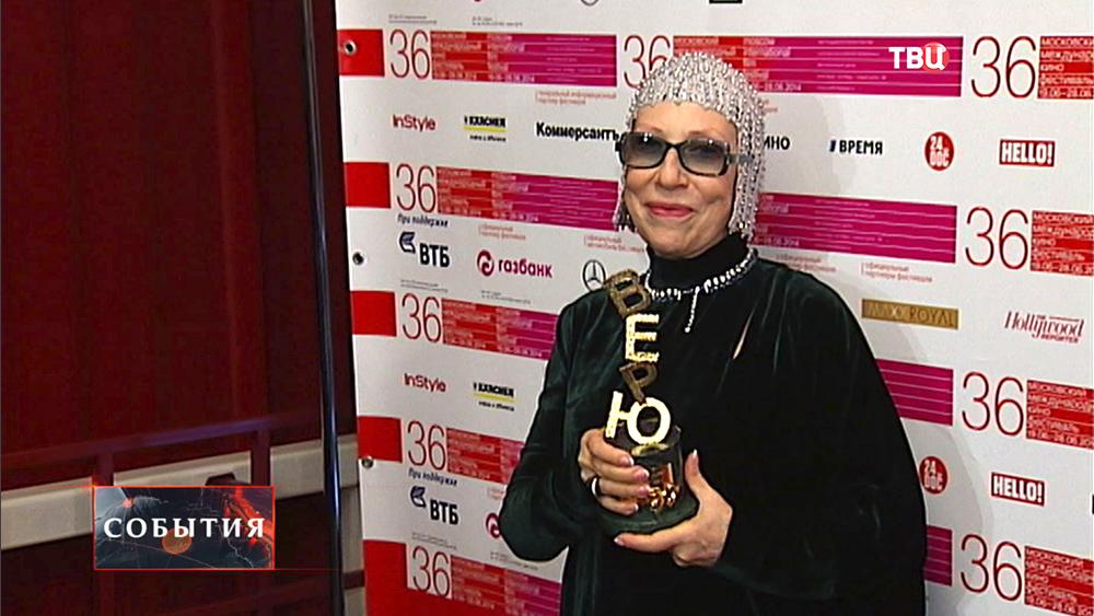 Инна Чурикова на Международном кинофестивале в Москве