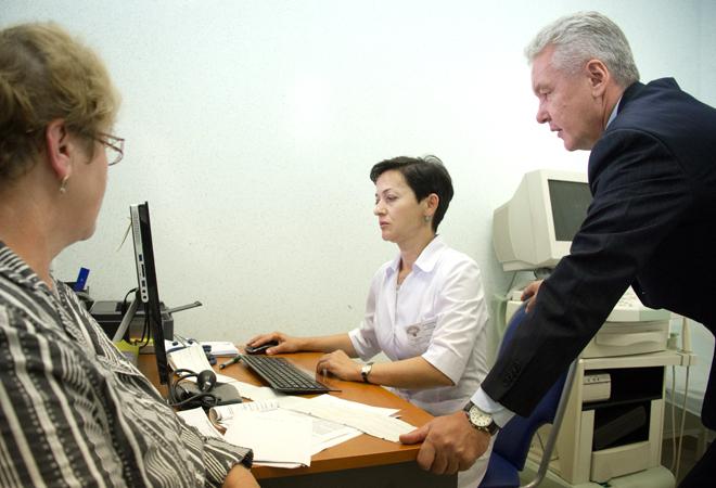 Сергей Собянин осмотрел новое отделение больницы №64