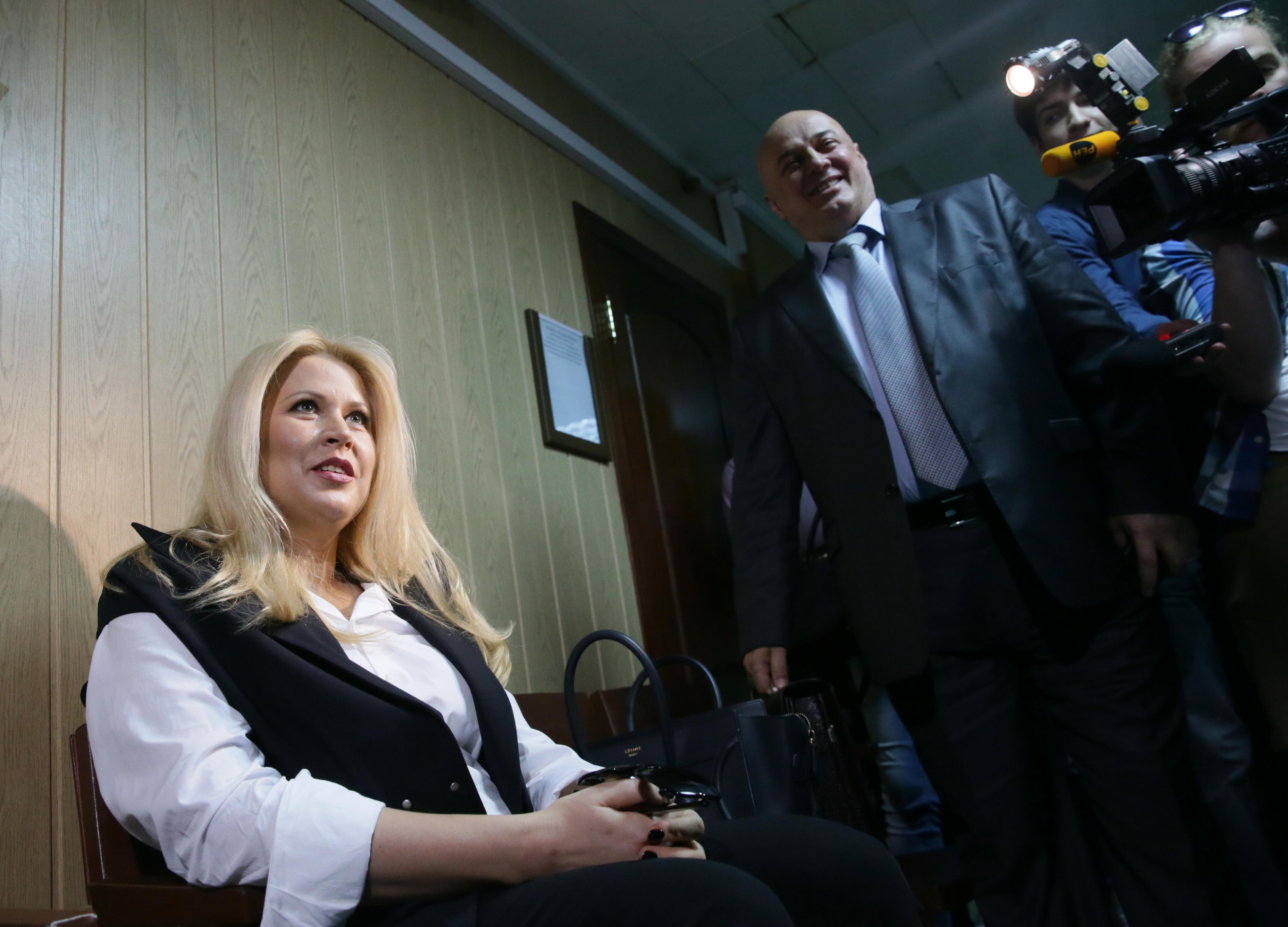 """Евгения Васильева, обвиняемая по делу """"Оборонсервиса"""" в зале суда"""