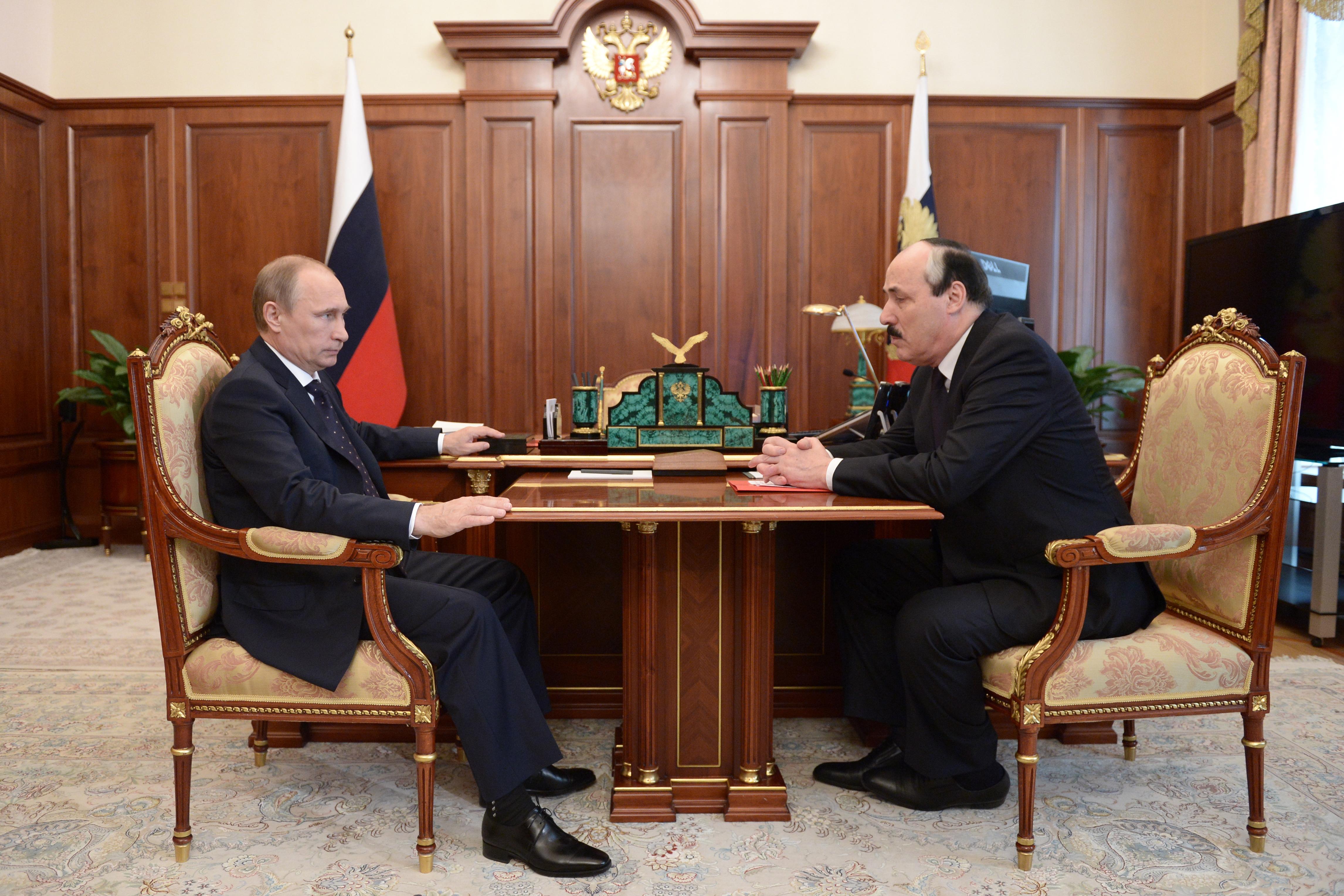 Президент России Владимир Путин встретился с главой Дагестана Рамазаном Абдулатиповым