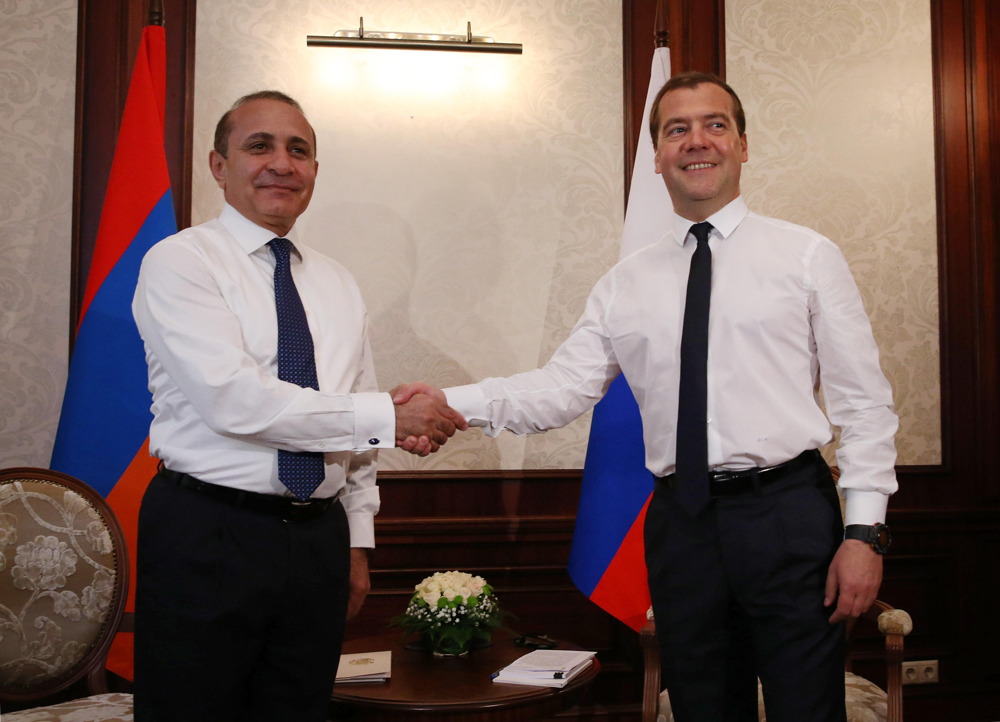 Премьер-министр РФ Д.Медведев провел переговоры с премьер-министром Армении О.Абраамяном