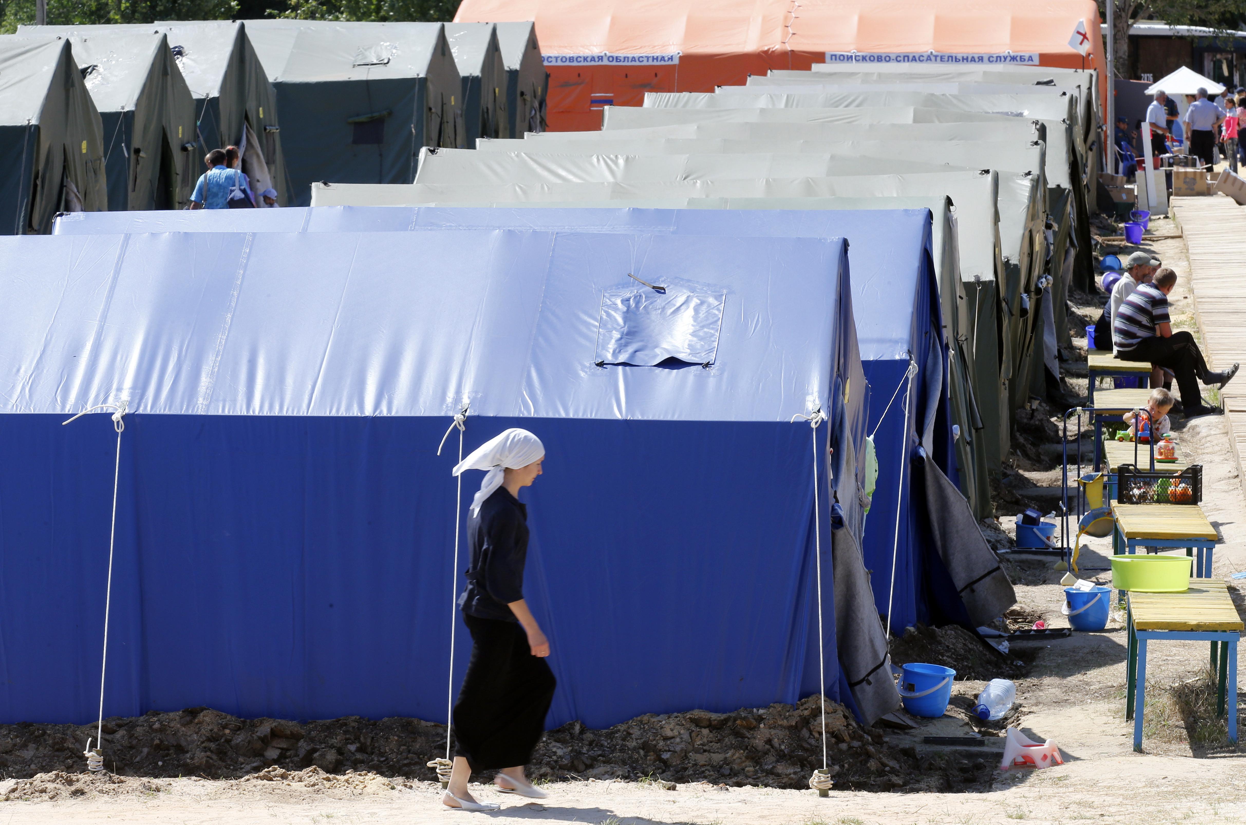 Палаточный лагерь для украинских беженцев в Донецке Ростовской области