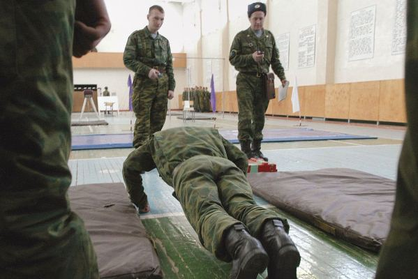 солдаты геи росси