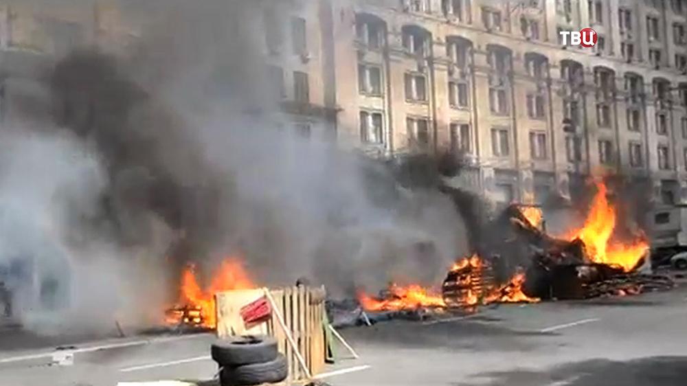 Беспорядки на Майдане Незалежности