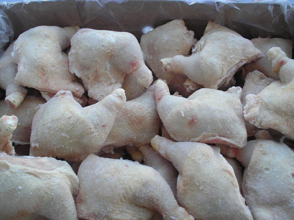 Замороженные куриные окорочка