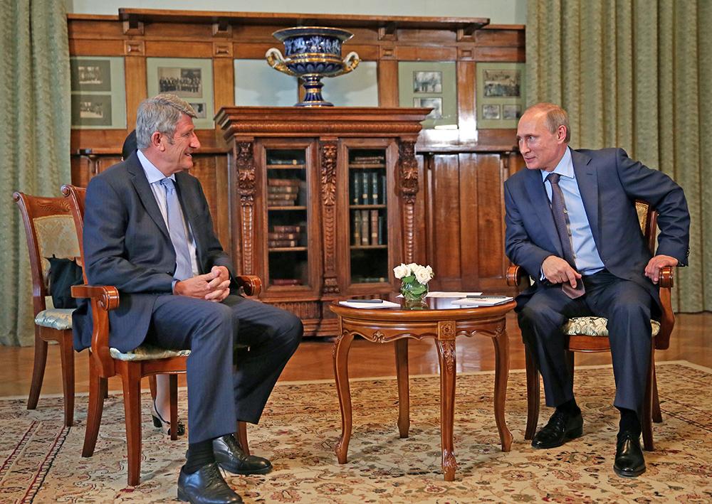Владимир Путин встретился с французским политиком, лидером партии «Движение за Францию» Филиппом де Вилье