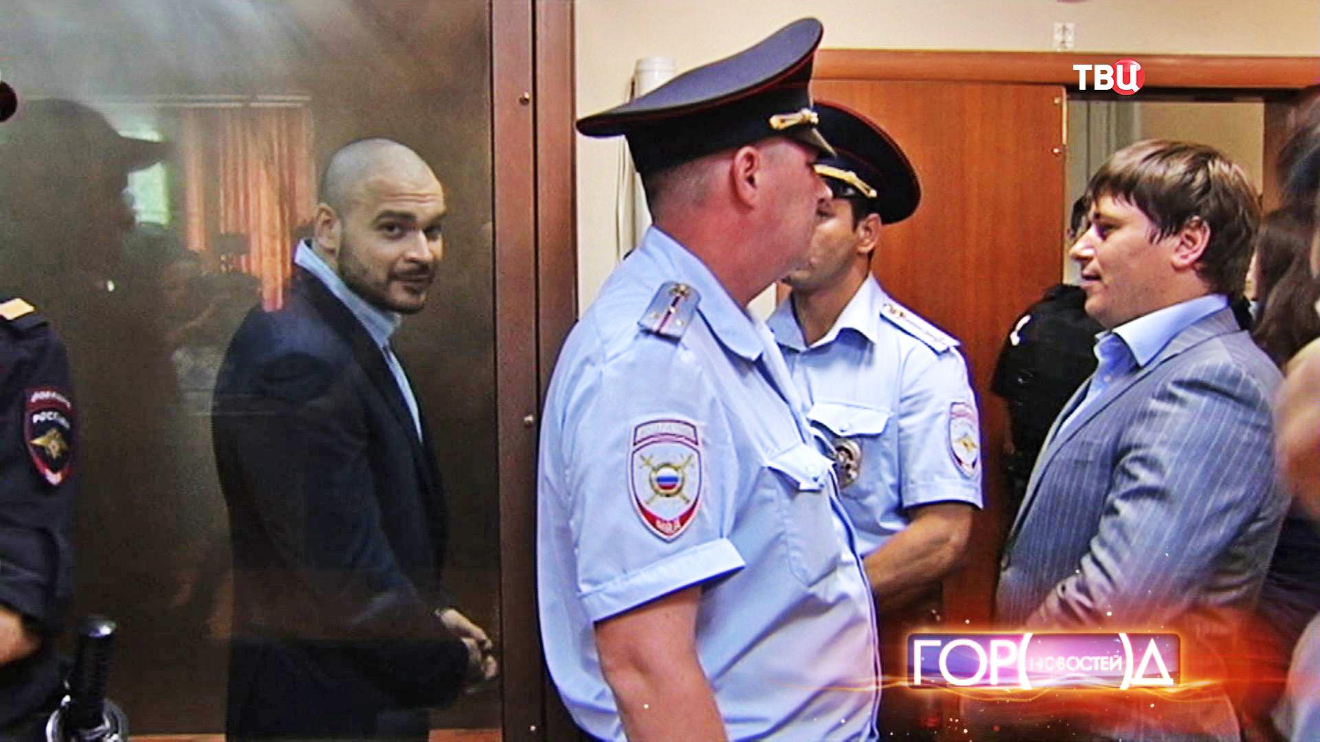 """Максим Марцинкевич по прозвищу """"Тесак"""" в зале суда"""