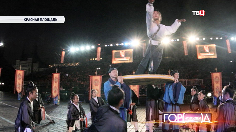 """Китайские монахи выступают на фестивале """"Спасская башня"""""""