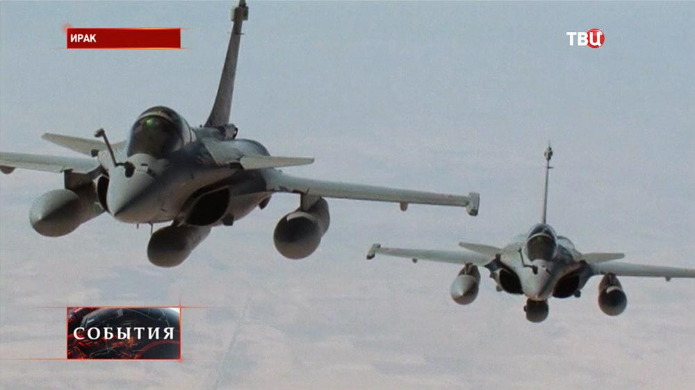 Истребители в небе над Ираком