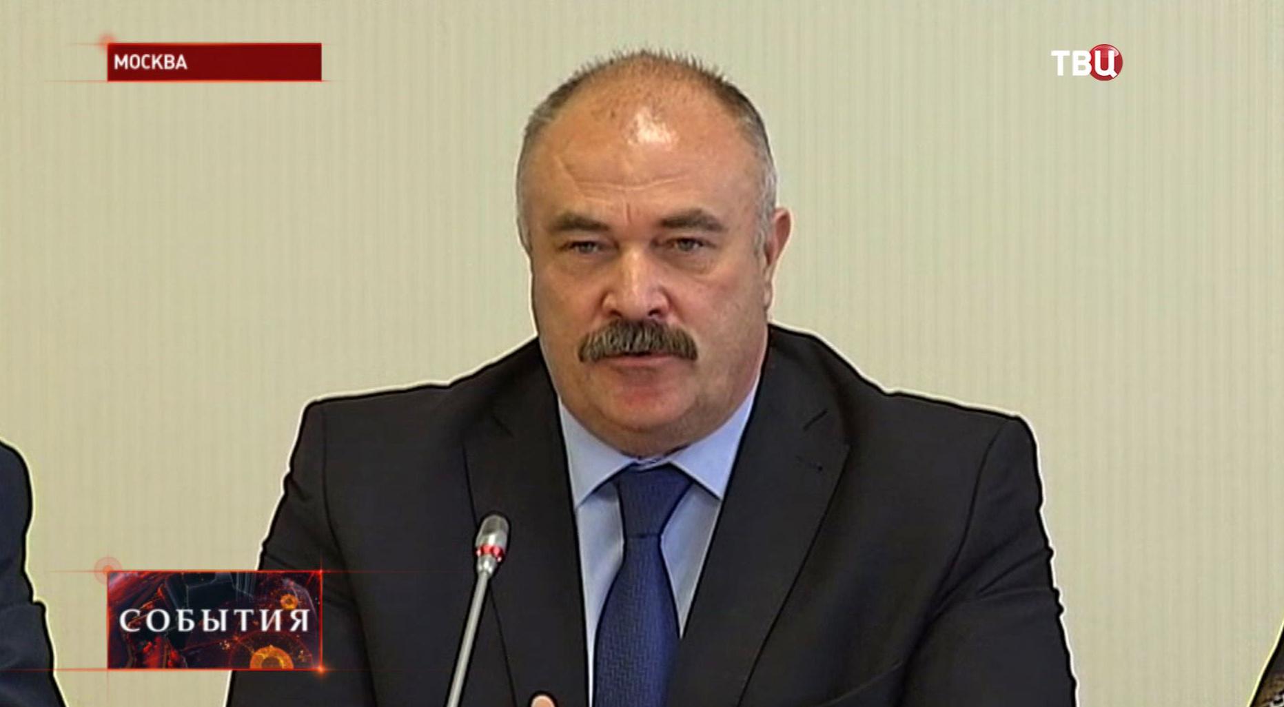 Исполняющий обязанности руководителя Департамента труда и занятости населения Вадим Кудряшов