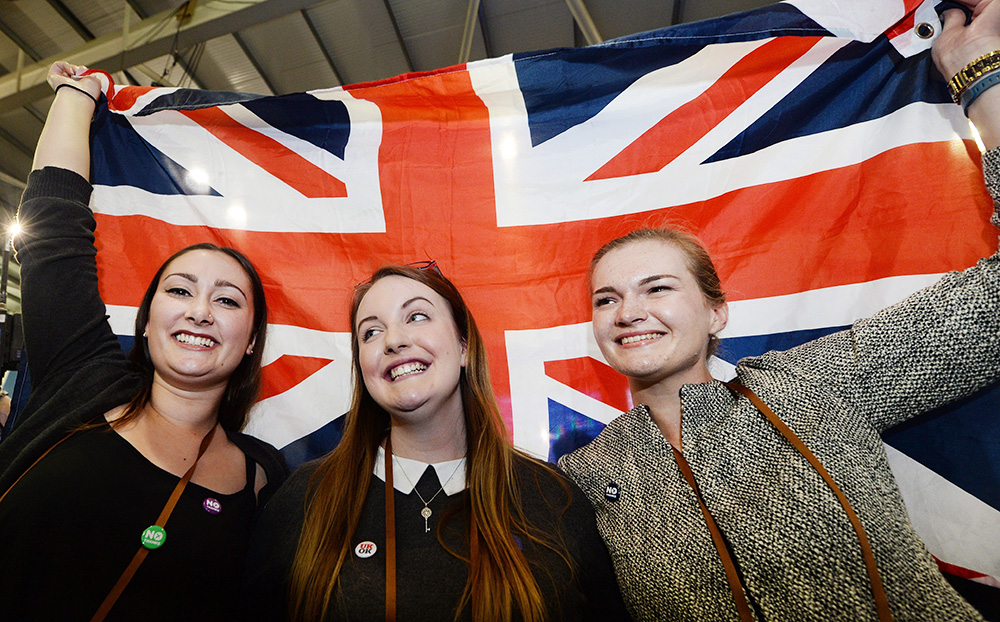 Противники независимости Шотландии празднуют победу на референдуме
