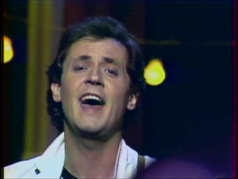 В Эстонии скончался известный певец Яак Йоала :: Новости :: ТВ ...