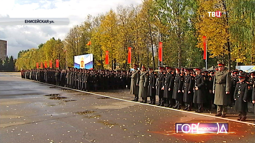 Построение кадетов суворовского училища