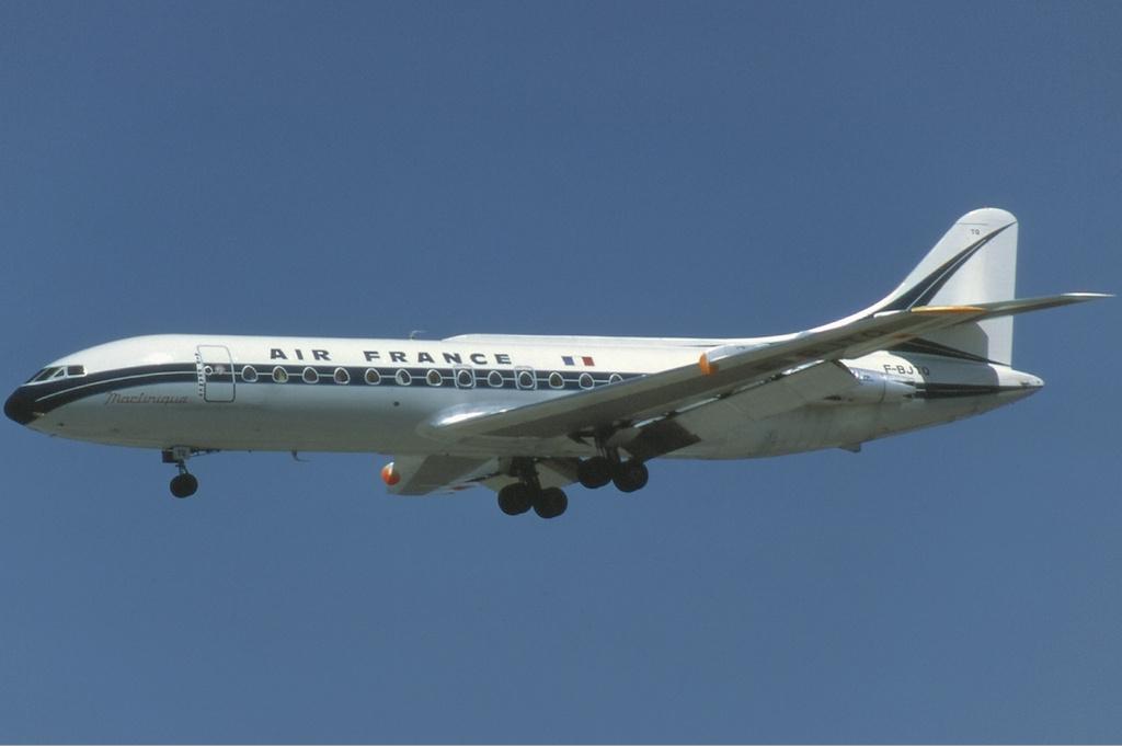 Во время учений украинский снаряд попал в пассажирский самолет