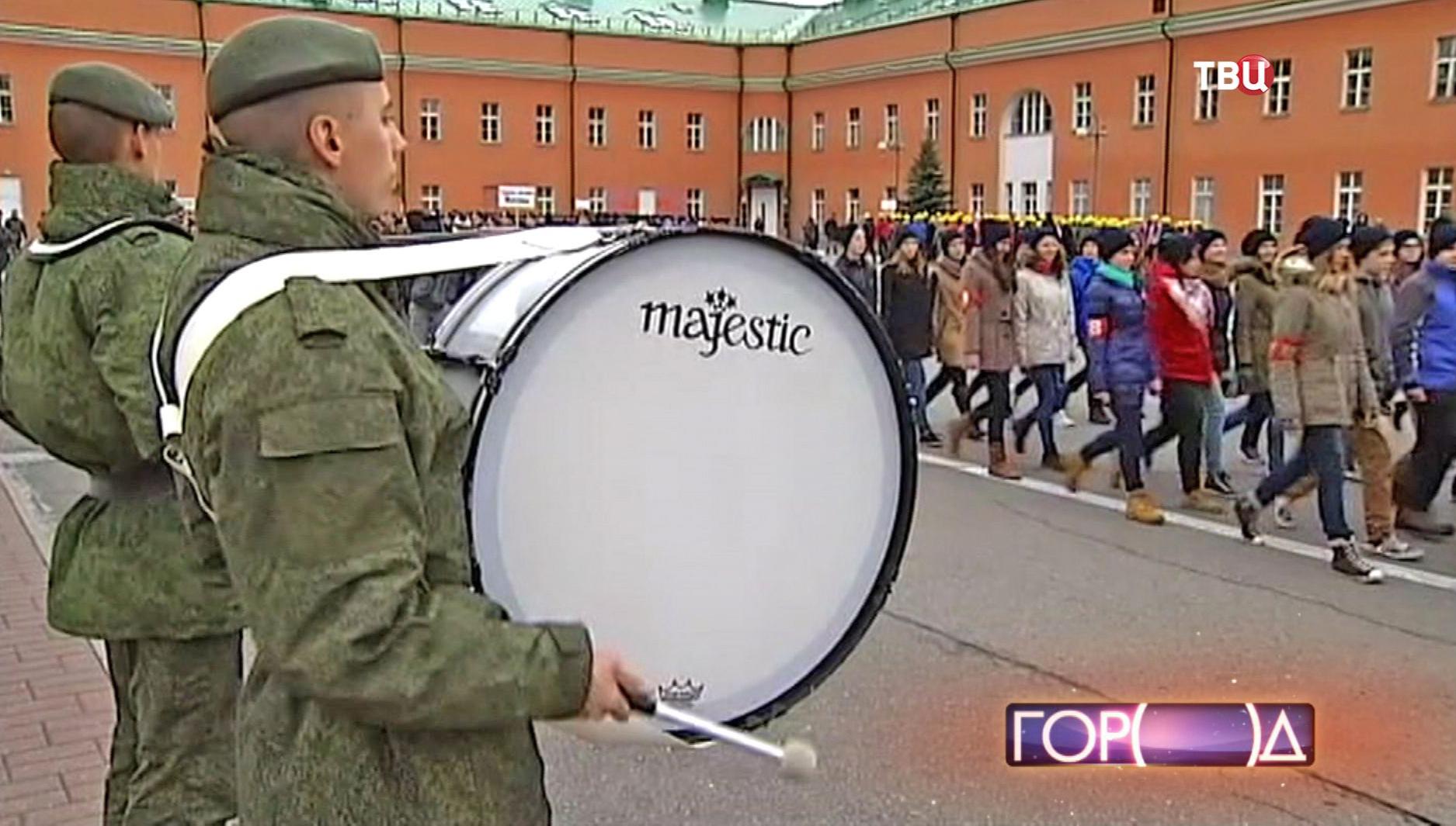 Репетиция марша в честь исторического парада 7-го ноября 1941 года