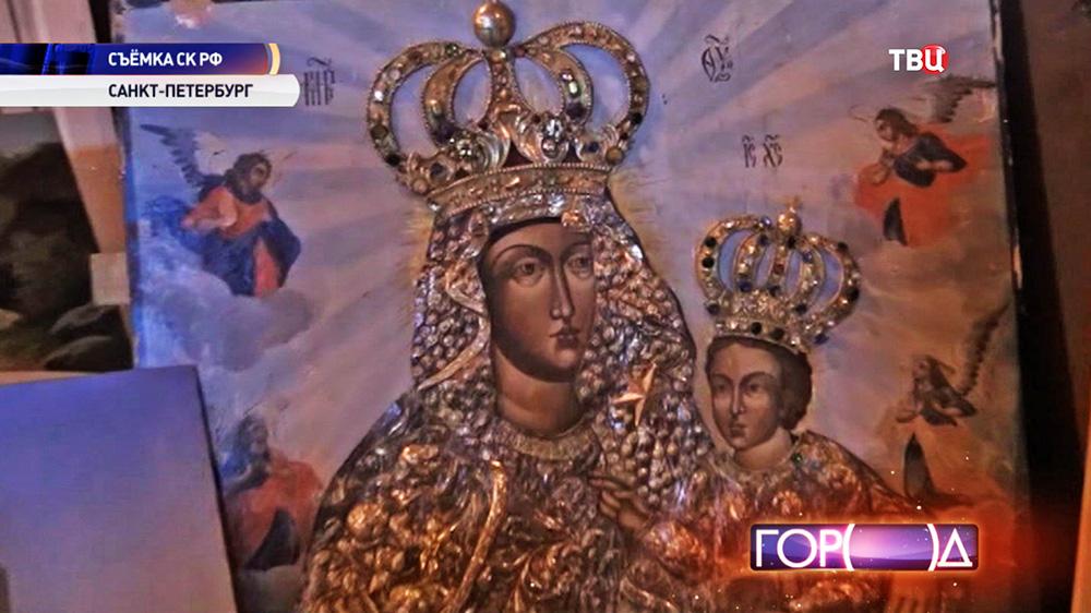 Изъятый антиквариат у экс-главы Минфина Подмосковья Алексея Кузнецова