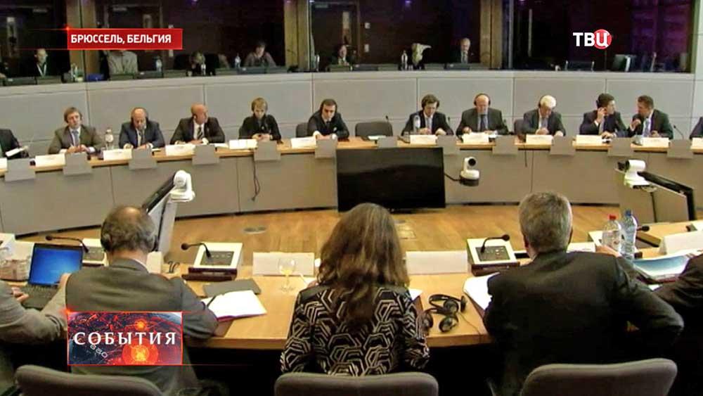 Трехсторонние переговоры в Брюсселе по газовому вопросу