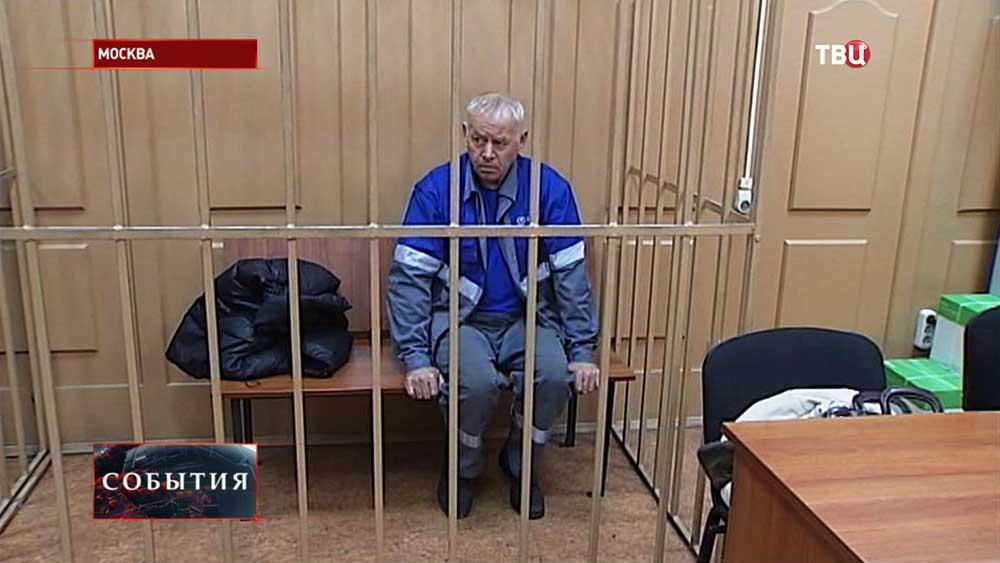 Водитель снегоуборочной машины во Внуково Владимир Мартыненков