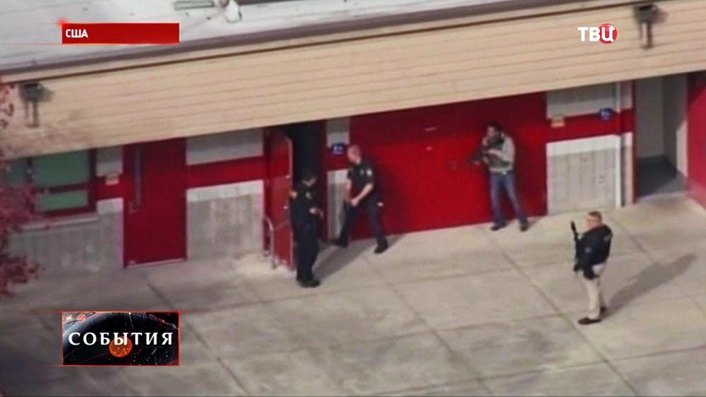 Полиция США проводит штурм