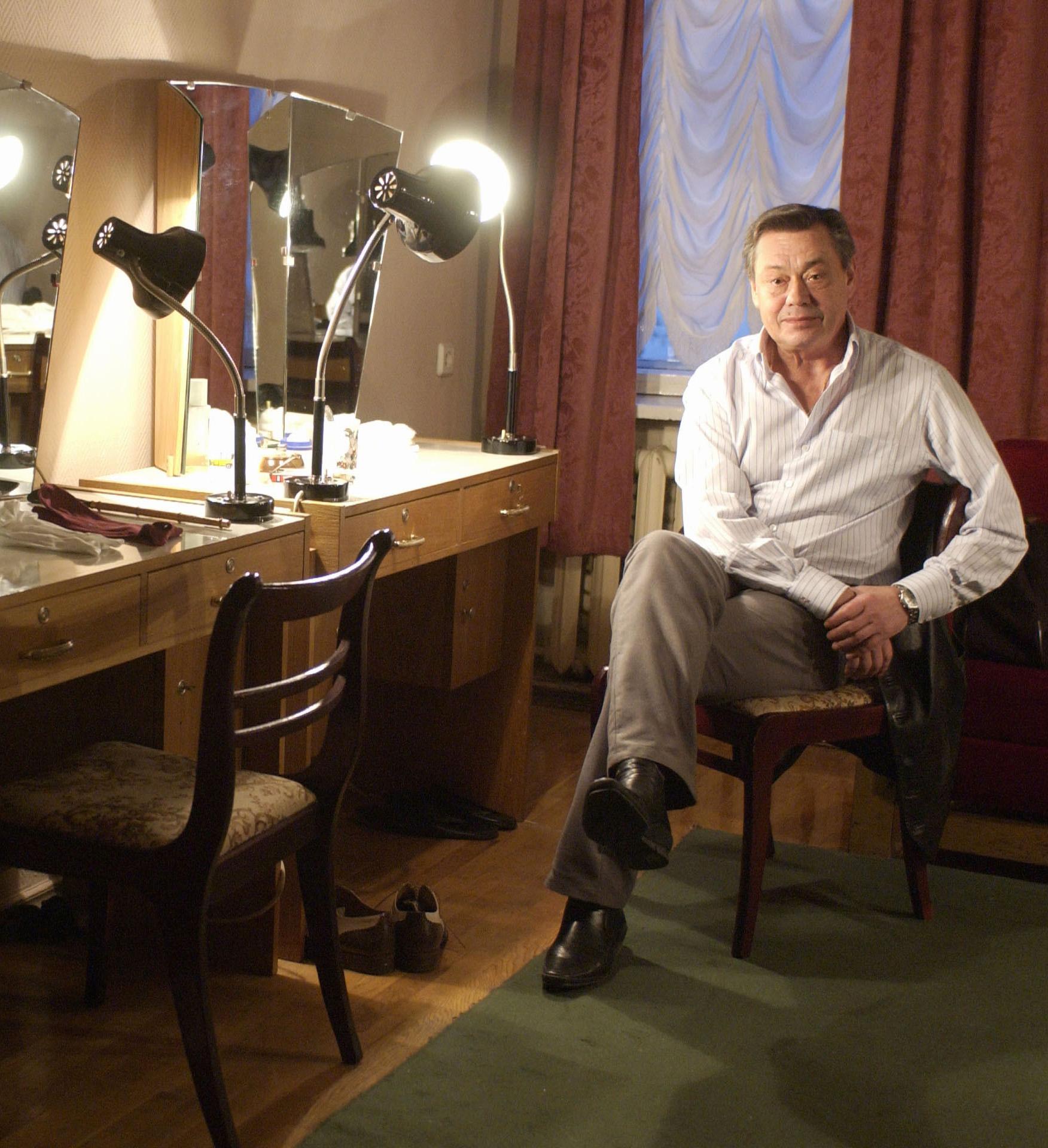 Народный артист России Николай Караченцов