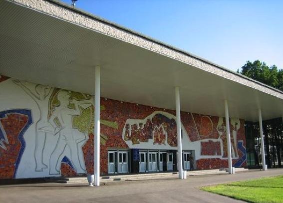 Московский Дворец детского творчества на Воробьевых горах