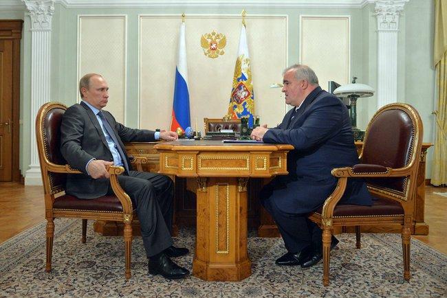 Президент России Владимир Путин провёл встречу с губернатором Костромской области Сергеем Ситниковым