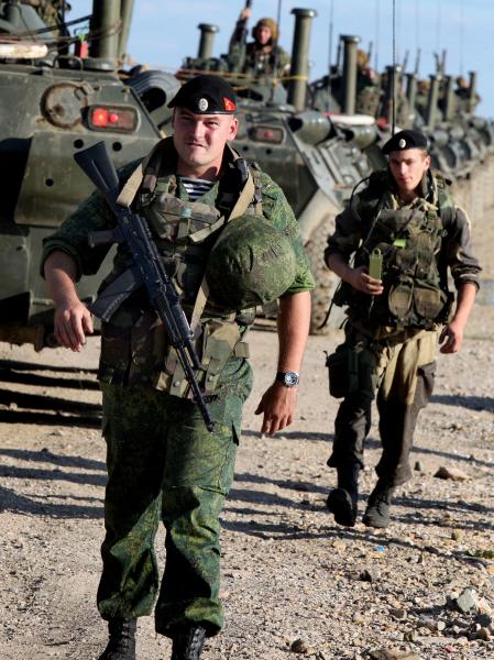 Военнослужащие бригады морской пехоты
