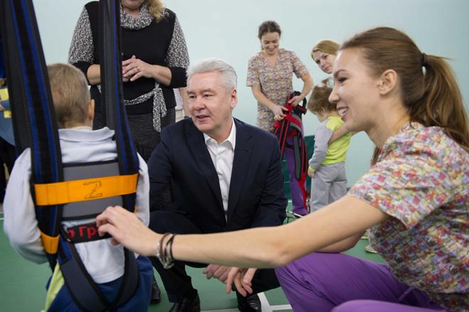 Сергей Собянин в научно-практическом центре физической реабилитации детей-инвалидов