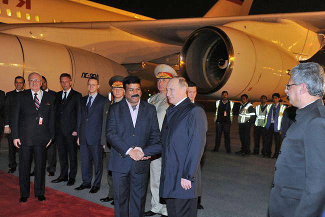 Владимир Путин прибыл с официальным визитом в Индию