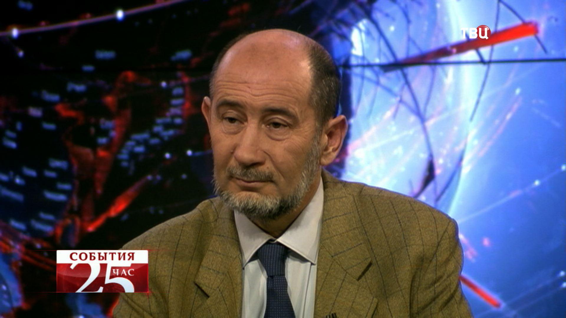 Александр Бузгалин - директор Института социоэкономики МФЮУ