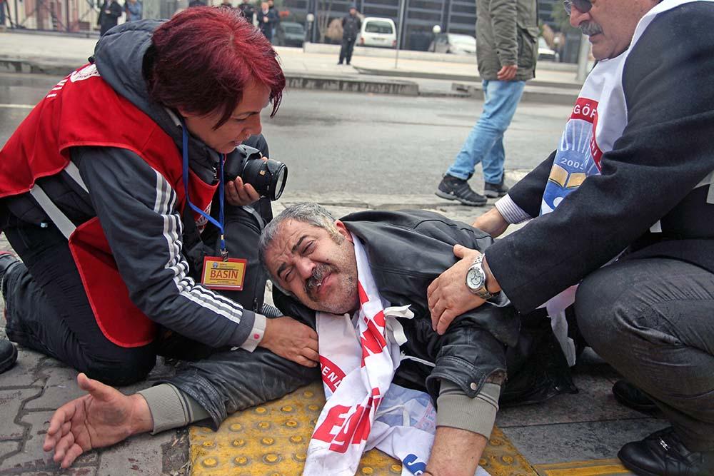 Пострадавий в столкновениях с турецкой полицией