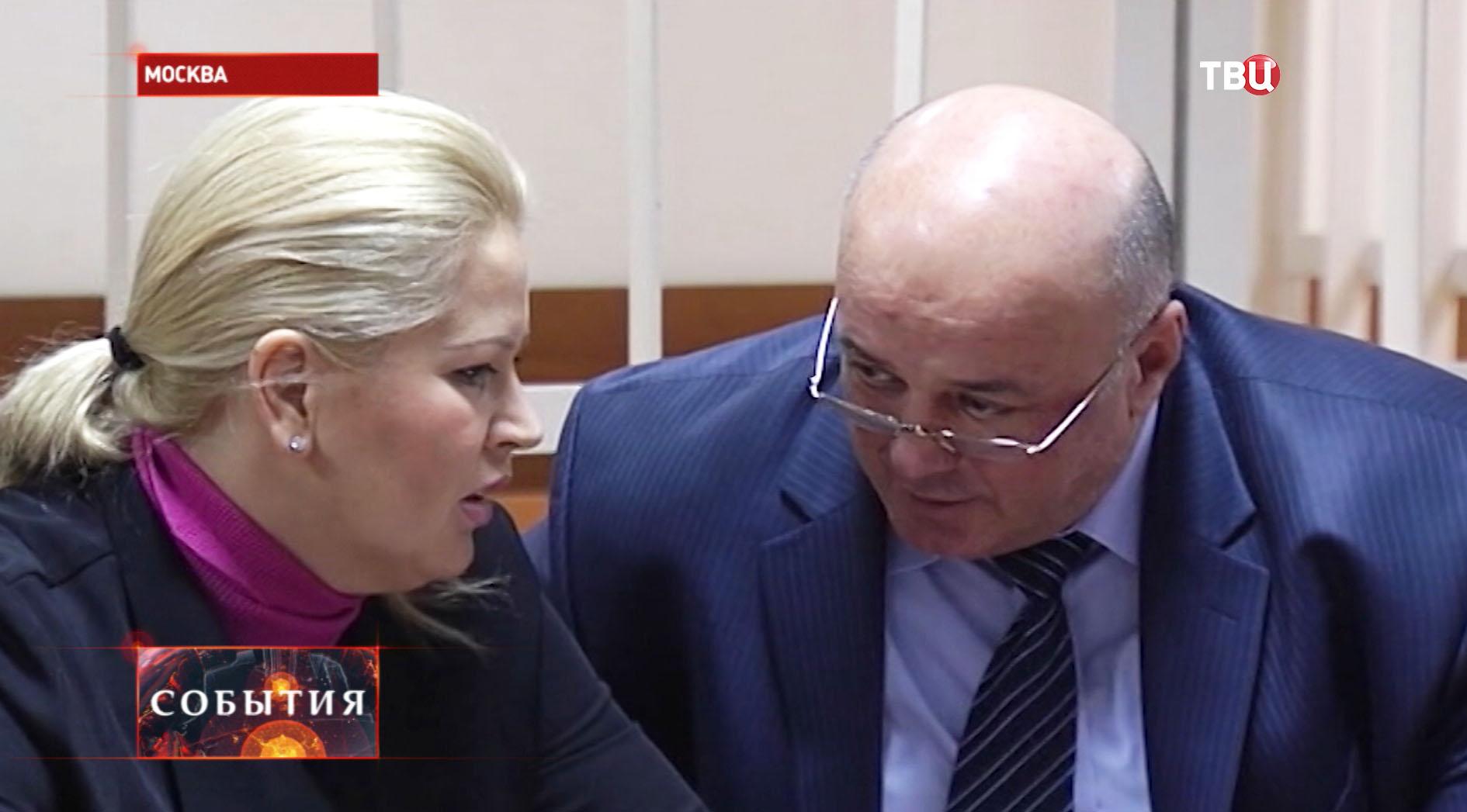 Евгения Васильева с адвокатом Хасаном-Али Бороковым