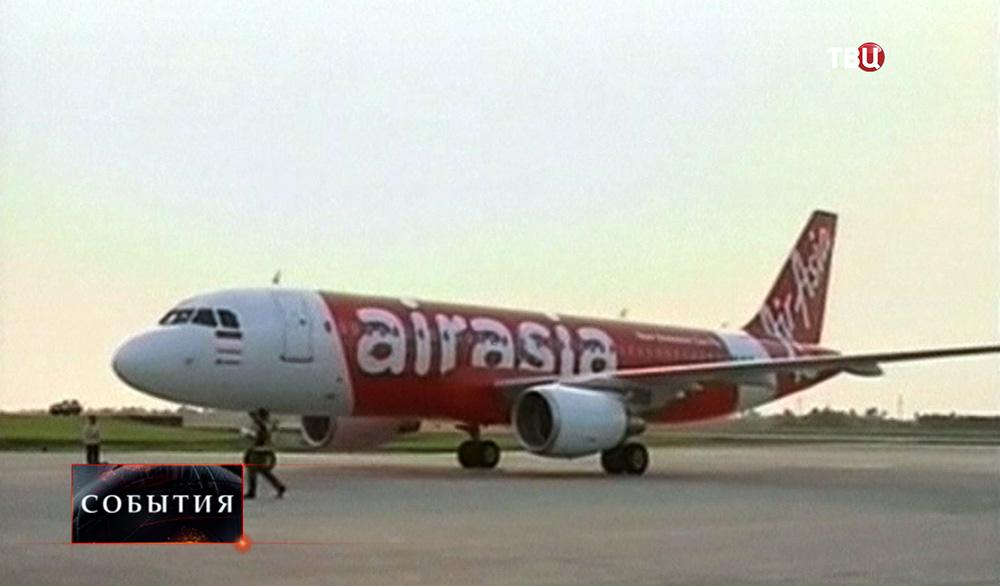 Самолет авиакомпании Air Asia