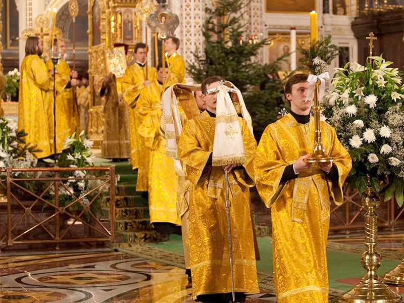 Православные христиане встречают рождественский сочельник