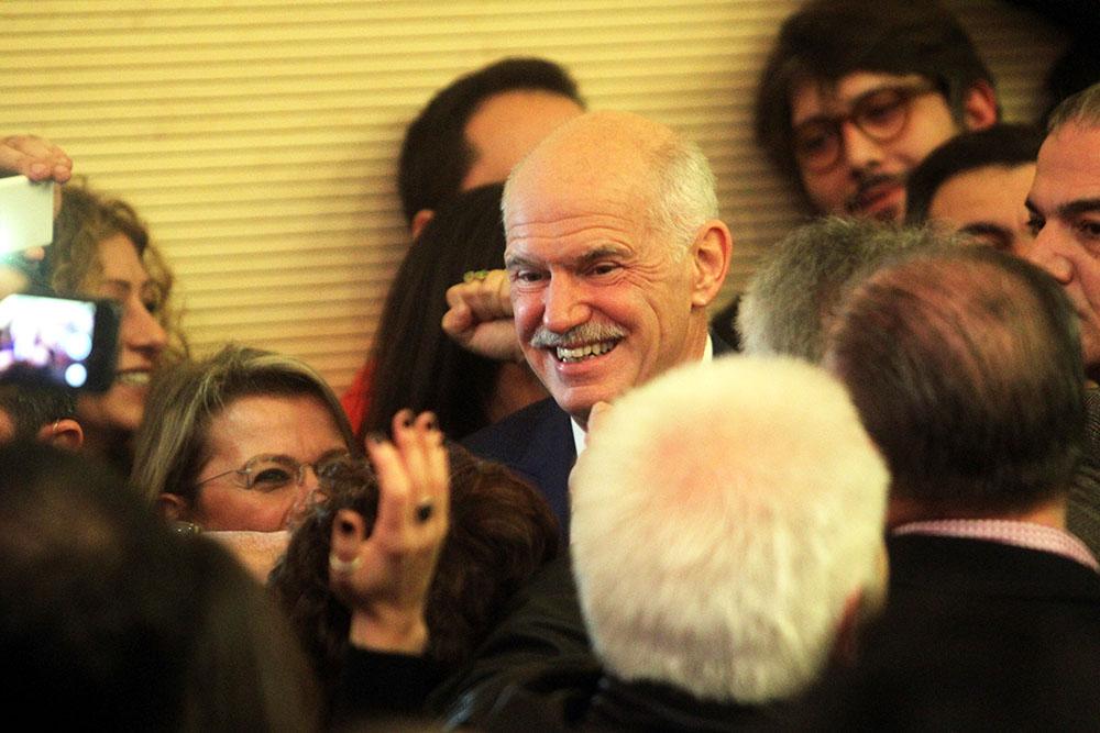 Экс-премьер Греции Георгиос Папандреу
