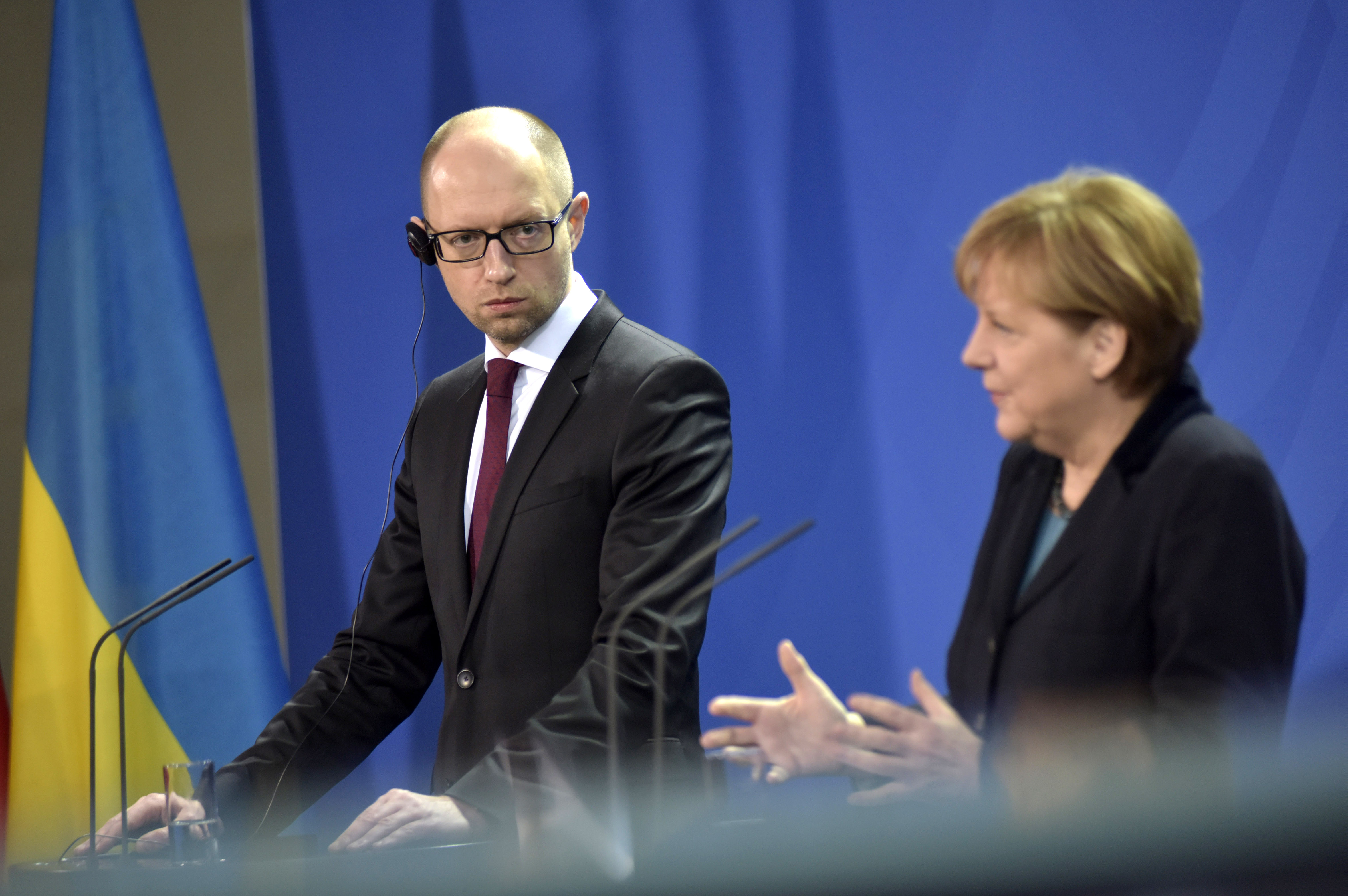 Арсений Яценюк и Ангела Меркель во время пресс-конференции в Берлине