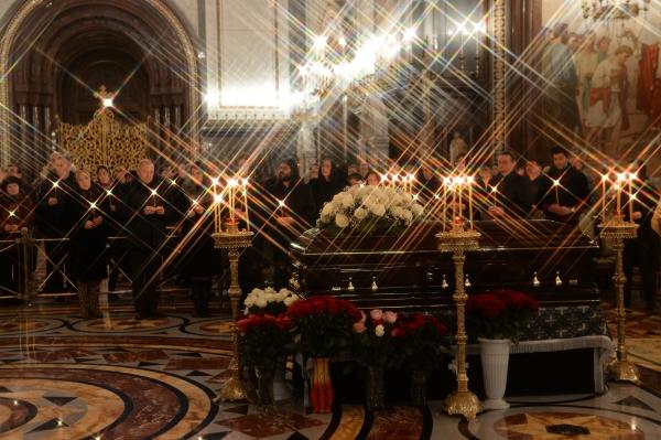 Церемония отпевания оперной певицы Елены Образцовой в храме Христа Спасителя в Москве