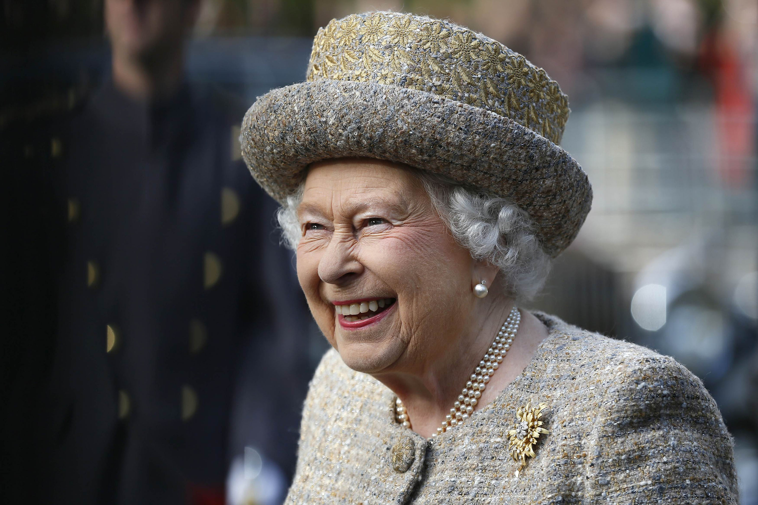 religion the biggest threat to queen elizabeths reign in england What problems did elizabeth i have the protestant faith was to become the established religion of england what were queen elizabeths 6 problems.