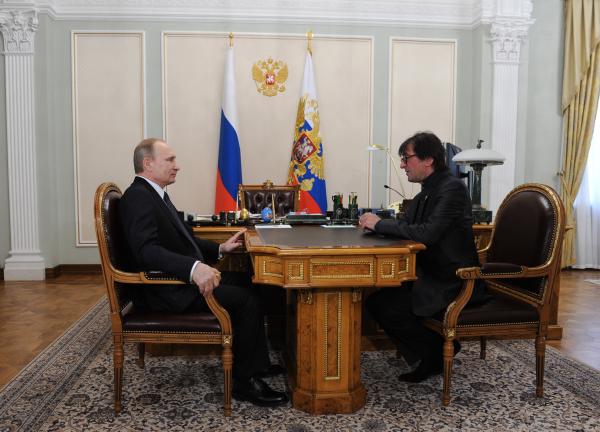 Президент России Владимир Путин и Юрий Башмет во время встречи