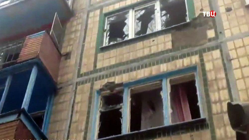 Последствия обстрела жилых кварталов
