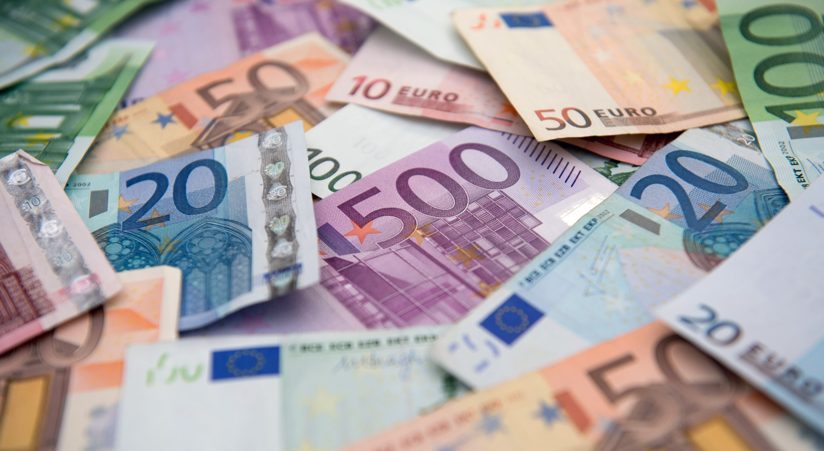 Центробанки еврозоны за 10 лет скупили активов на миллиарды евро