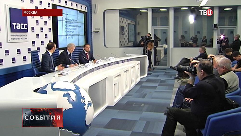 Пресс-конференция помощника президента РФ Андрея Фурсенко