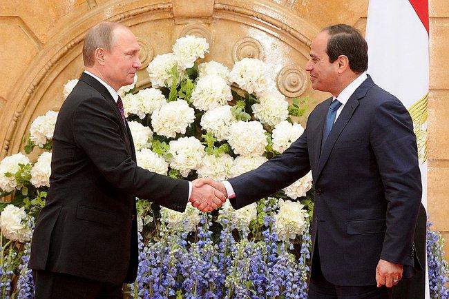 Президент России Владимир Путин и глава Египта Фаттах Ас-Сиси